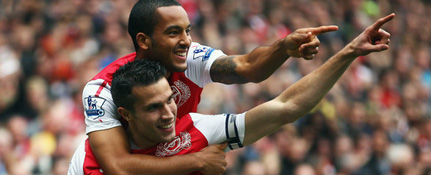 Arsenal Theo Walcott and Robin van Persie